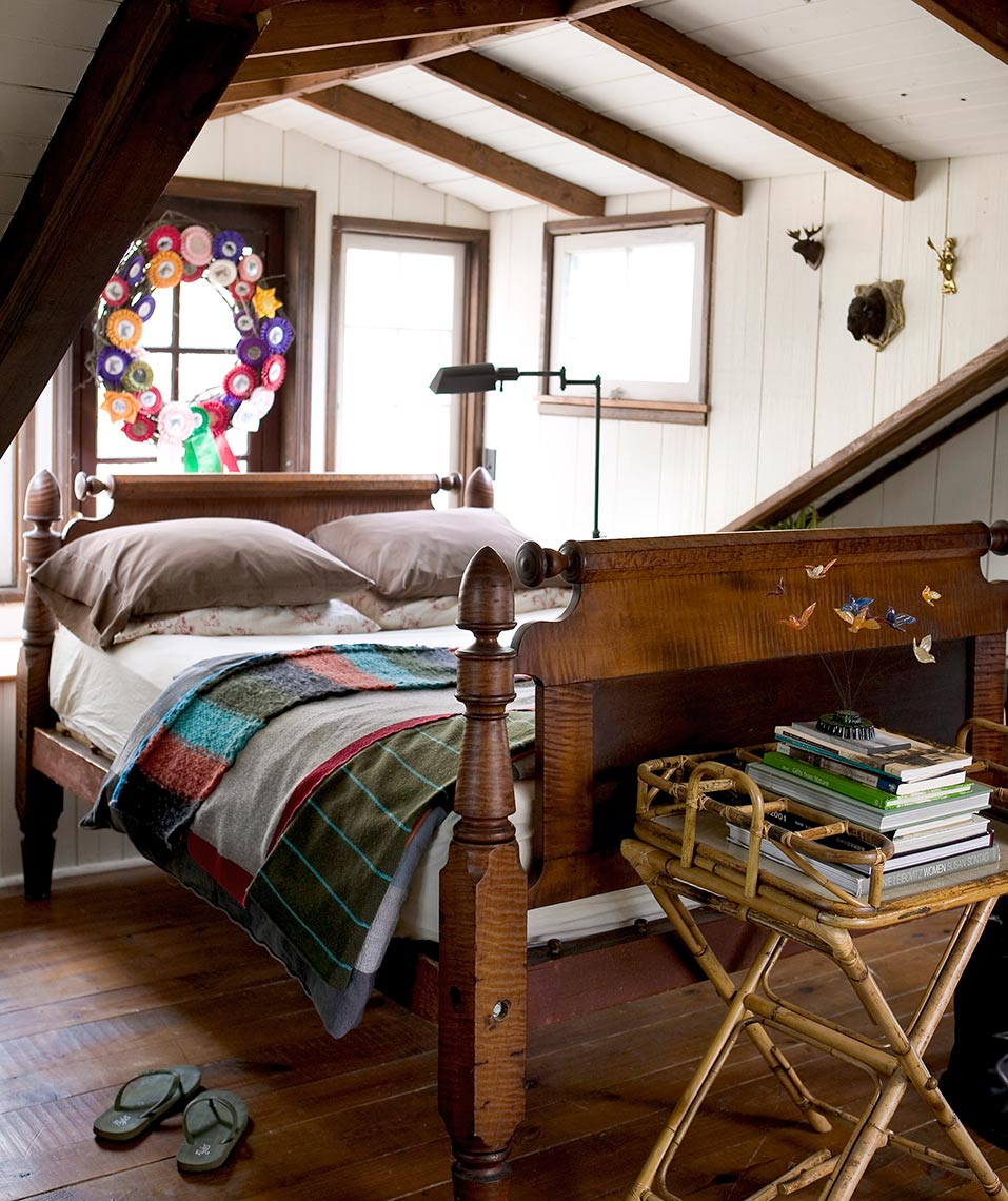 small cozy bedroom in a stylish rustic cabin